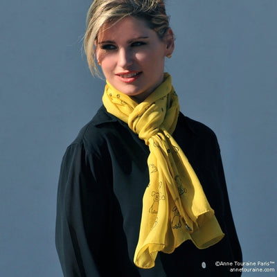 Yellow silk chiffon scarf with dog pattern, oblong shape: a perfect gift for dog lovers. Scarf by ANNE TOURAINE Paris™ (3)