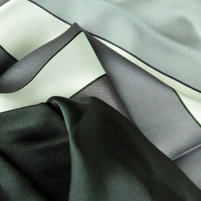 Black and white extra large silk scarf with a modern geometric design: versatile and trendy. Scarf ANNE TOURAINE Paris™ (5)