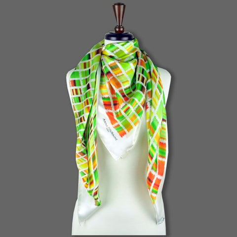 Green and brown extra large silk scarf with a contemporary ethnic pattern: versatile and easy to wear all year round. Scarf ANNE TOURAINE Paris™ (6)