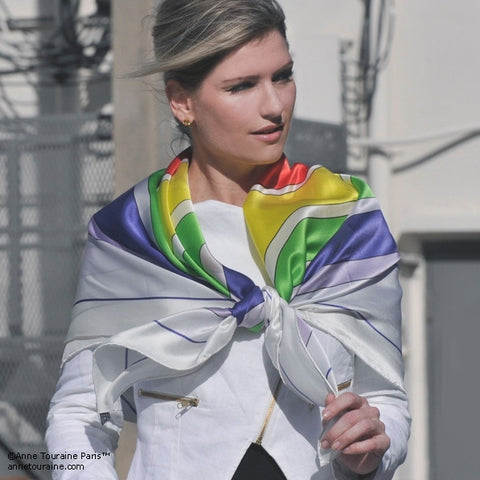 Multicolor extra large silk scarf with a modern geometric design: versatile and easy to pair with many colors. Scarf ANNE TOURAINE Paris™ (3)