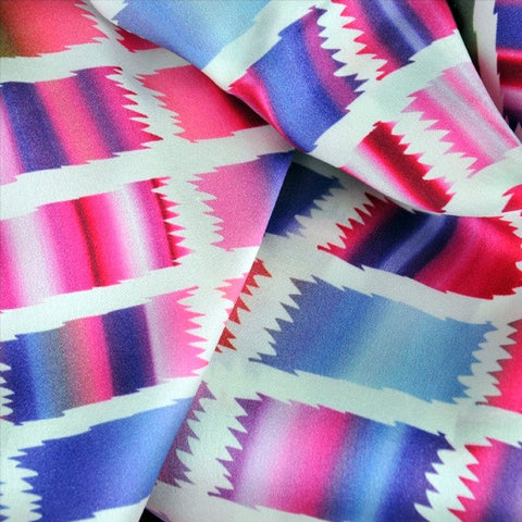 Pink and blue extra large silk scarf with a contemporary ethnic pattern: versatile and easy to wear all year round. Scarf ANNE TOURAINE Paris™ (5)