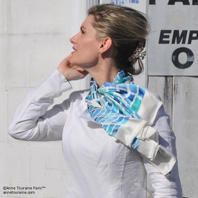 Turquoise and navy blue extra large silk scarf with a contemporary ethnic pattern: versatile and easy to wear all year round. Scarf ANNE TOURAINE Paris™ (4)