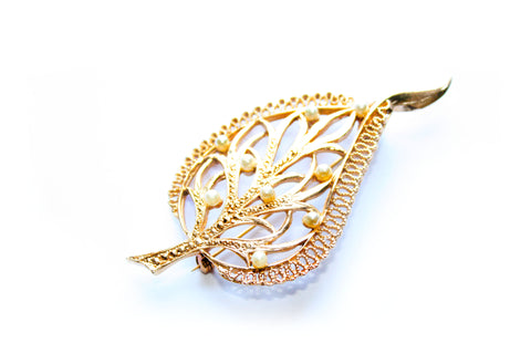 "1950s Goldtone and Faux Pearl Leaf Brooch Signed ""Kigu"""