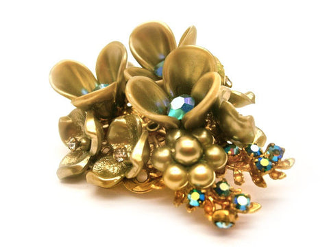 1950s Golden Floral Brooch