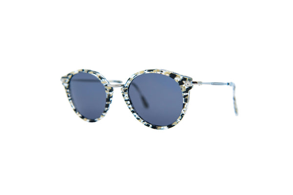 Kyme - Pin White Remix & Shiny Silver Sunglasses