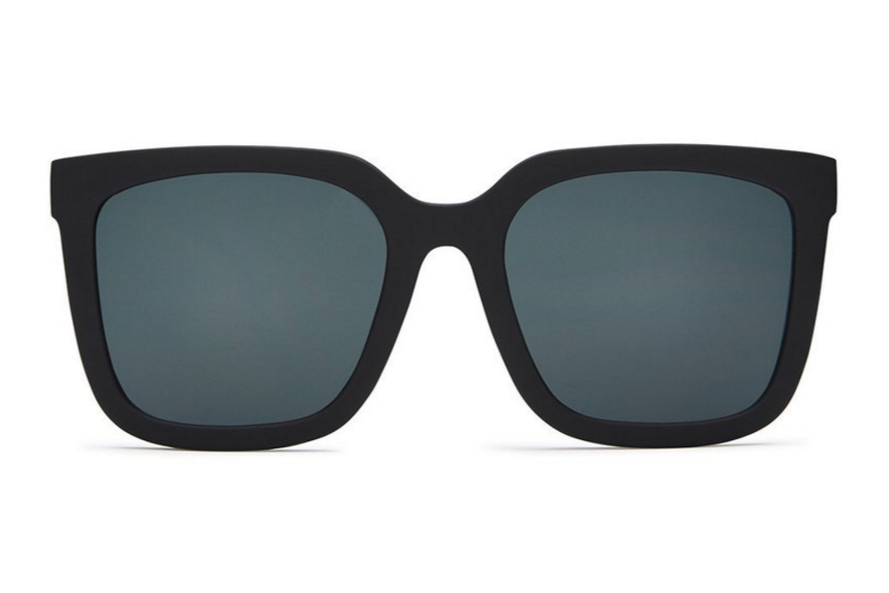 Quay Genesis Black / Smoke Sunglasses