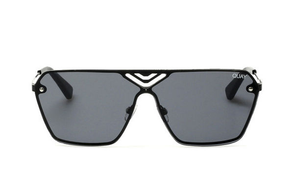 Quay Stargaze Black / Smoke Sunglasses