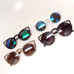 Quay Invader Black Sunglasses