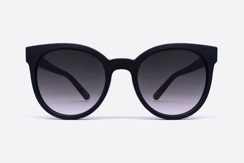 Quay Like Wow Black / Smoke Sunglasses