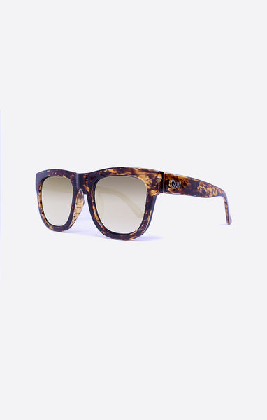Quay Maximus Tortoise Shell / Gold Sunglasses