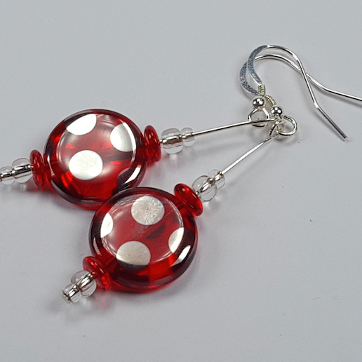 Red spot disc hook earrings