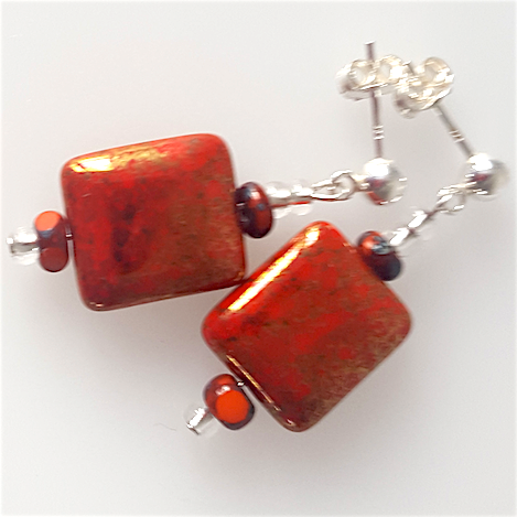 Red/clear pillow post earrings