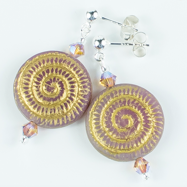 Pale pink/golden swirl glass post earrings