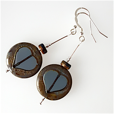Grey disc, glass dark heart hook earrings