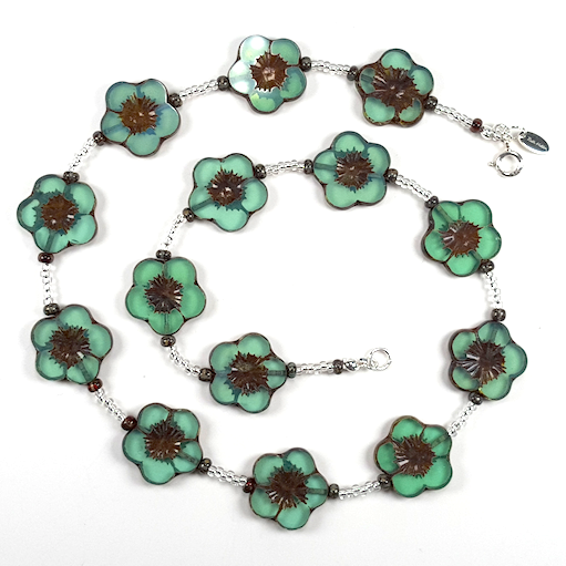 Green 20mm cut flower necklace