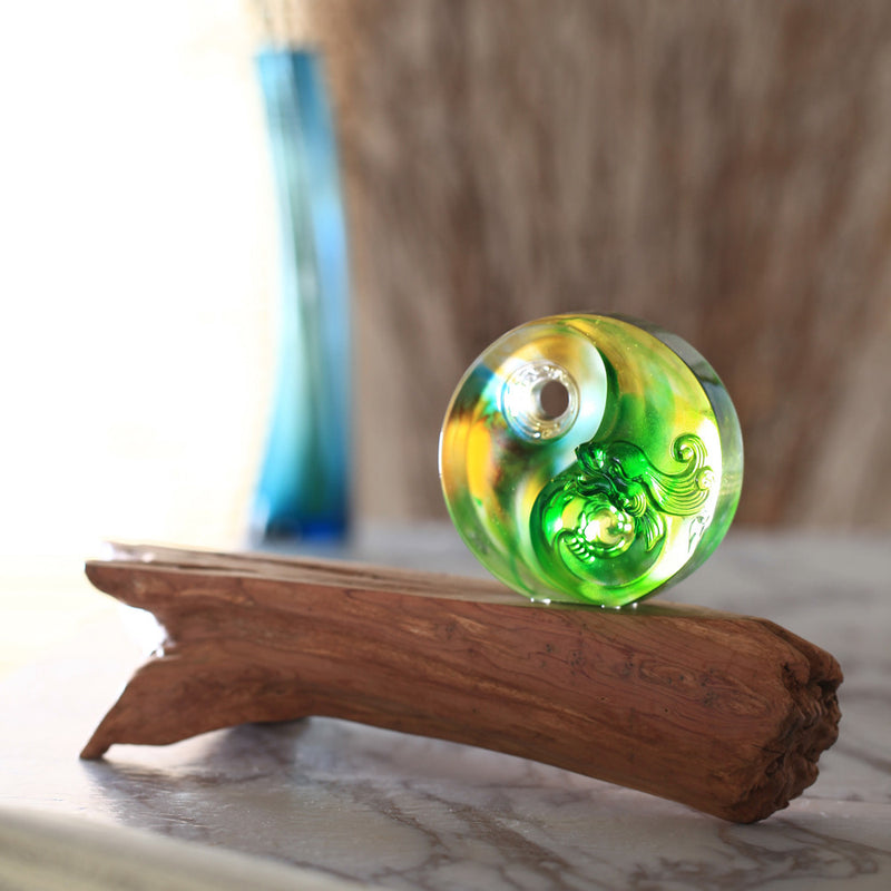 Crystal Paperweight, Mythical Creature, Dragon, The Beauty of Harmony - LIULI Crystal Art