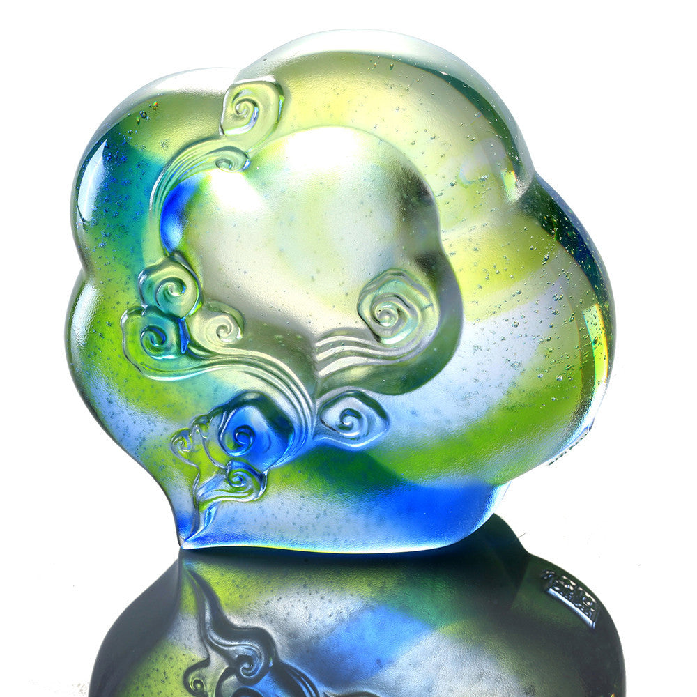 Crystal Paperweight, Ruyi from Above - LIULI Crystal Art - [variant_title].