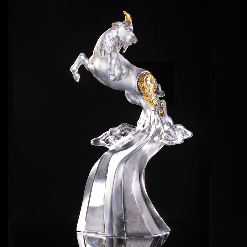 Lofty Beauty (Favorable) - Crystal Sheep Figurine (Gold Leaf Edition) - LIULI Crystal Art - [variant_title].