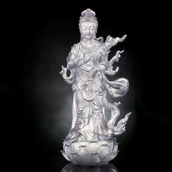 Great Wisdom Removes Fear (Guanyin) - Mortal Smile - LIULI Crystal Art | Collectible Glass Art