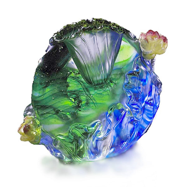 Hearts Fulfilled (Embrace) - Rose Figurine - LIULI Crystal Art | Collectible Glass Art