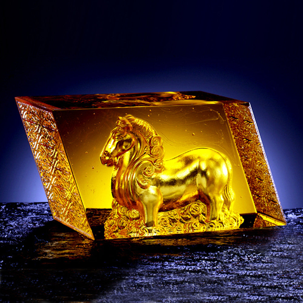 "Crystal Horse Figurine (Victory) -""King of the Skies and Clouds"""