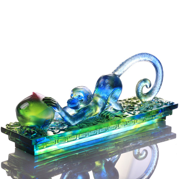 Monkey Figurine (Fortune) - Wealth In Hand - LIULI Crystal Art | Collectible Glass Art