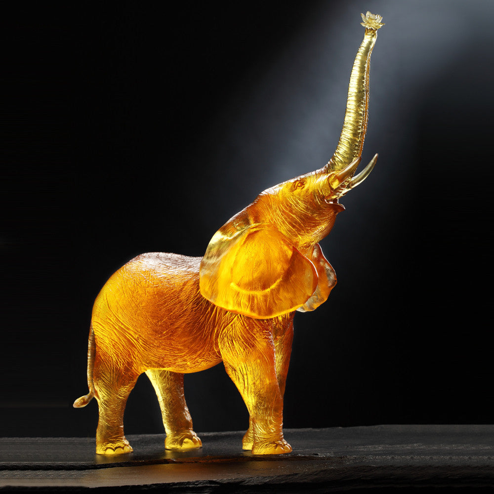 Crystal Animal, Elephant, Courage to Catch Dream - LIULI Crystal Art