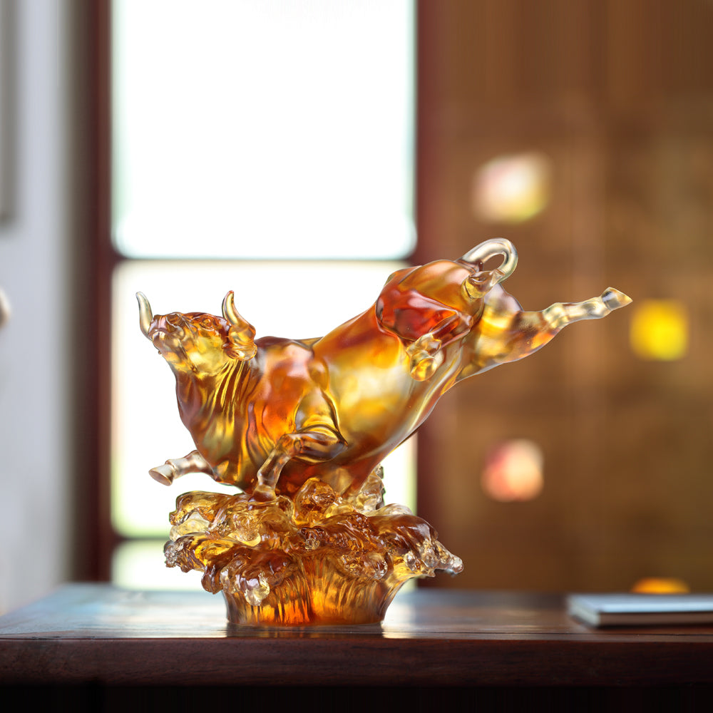 Crystal Animal, Bull, Moving Mountain, Moving Stream - LIULI Crystal Art - [variant_title].