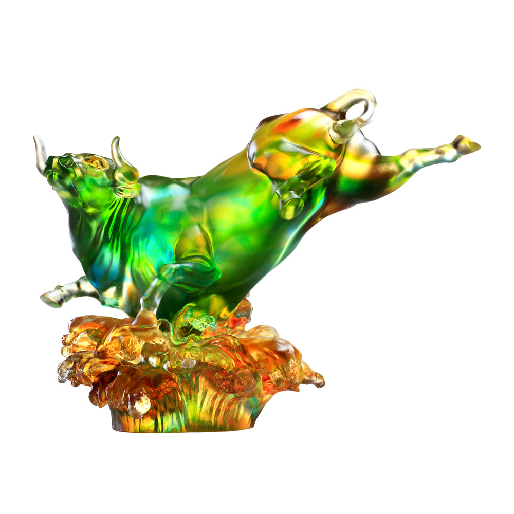 Crystal Animal, Bull, Moving Mountain, Moving Stream - LIULI Crystal Art