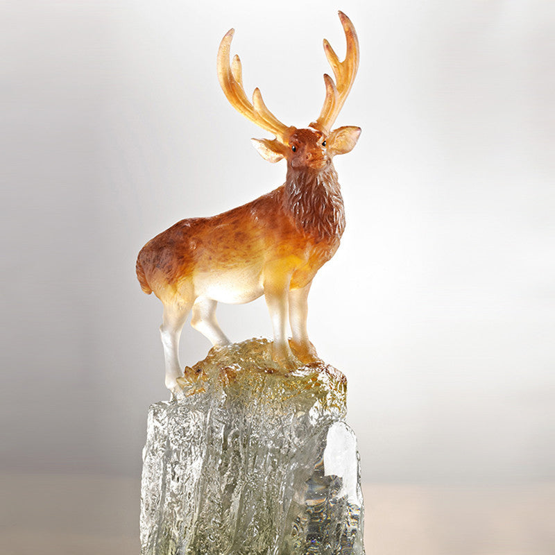 Taiwan Sambar Deer - Auspicious Summit (Ambition) - Deer Figurine - LIULI Crystal Art