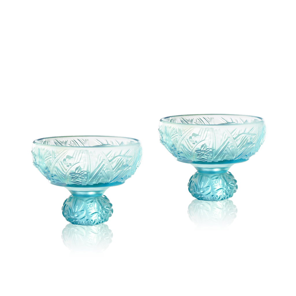 Virtuous Orchid (A Drink to Virtue) - Sake Glass, Shot Glass (Set of 2) - LIULI Crystal Art - Sky Blue / Sky Blue.