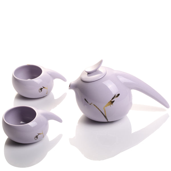 Robin, Herald of the Dawn (1 Teapot, 2 Teacups) - Holiday Tea Set of 3