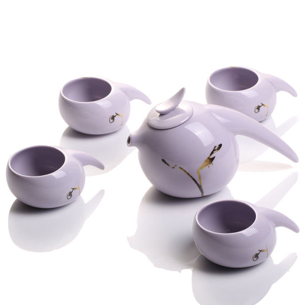 Robin, Herald of the Dawn (1 Teapot, 4 Teacups) - Holiday Tea Set of 5