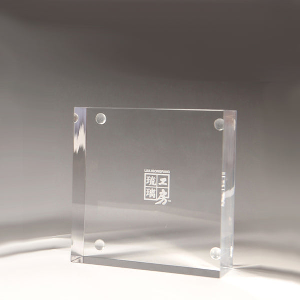 Display Base (Acrylic): 9x9x3 CM