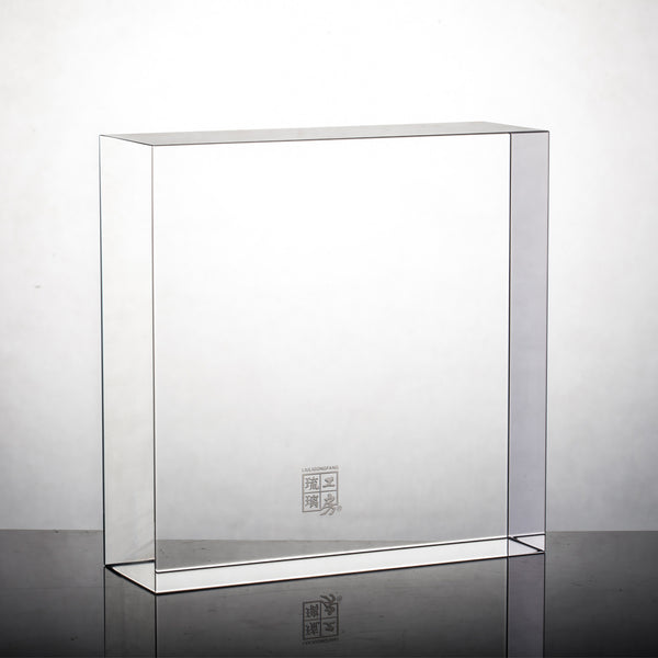 Display Base (Acrylic): 16x16x5 CM