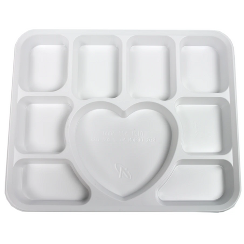 White Plastic Plates 9 Compartment Heart (25 Pack)
