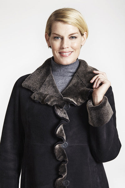 Load image into Gallery viewer, Shearling Ruffle Tuxedo Trim Jacket #1282