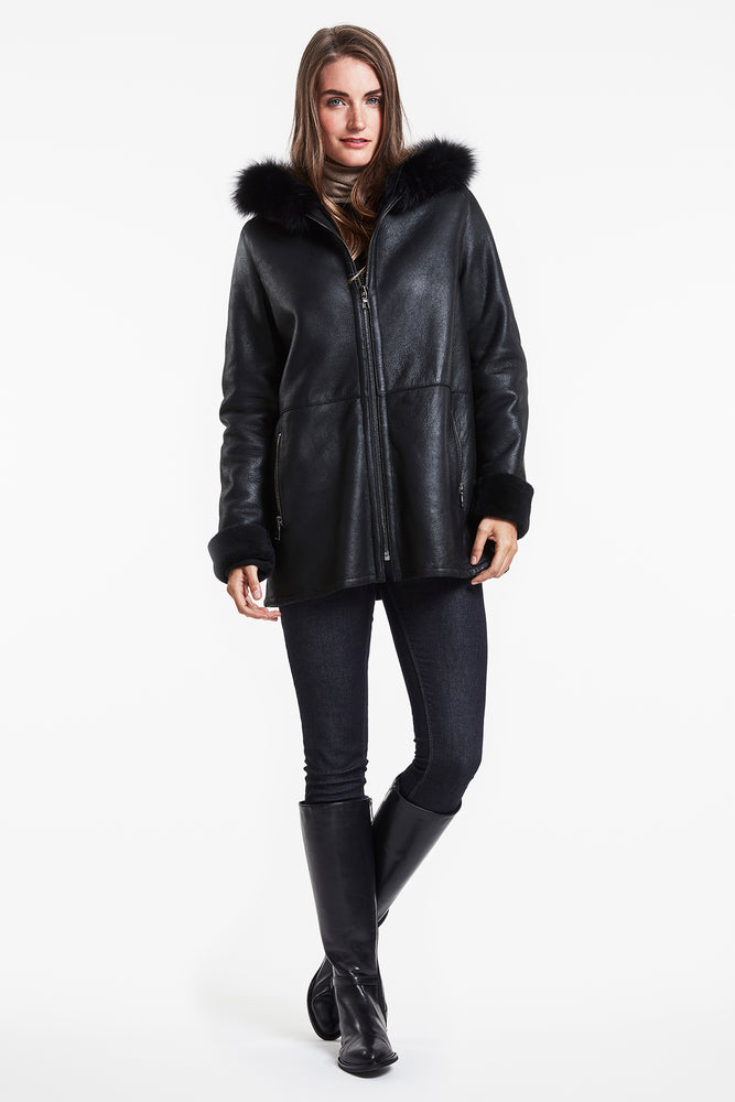 Hooded shearling #416