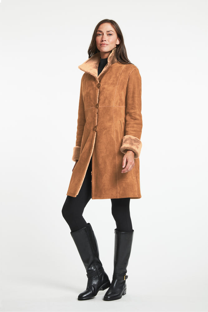 Load image into Gallery viewer, #8194  Great Fitted Shearling Coat  Best Seller $1995 now 60% off $798