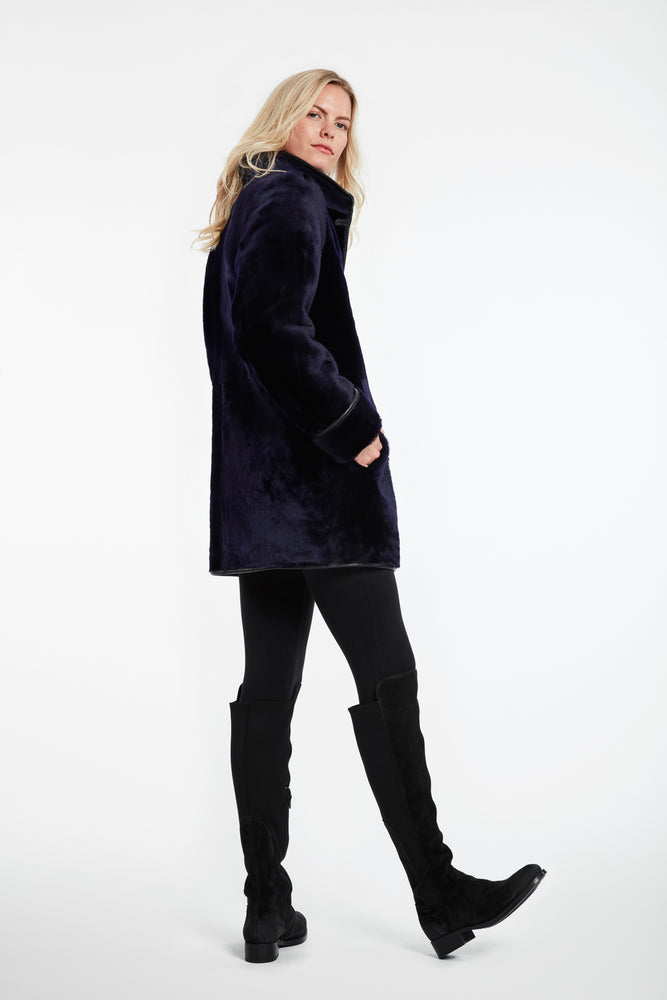 Load image into Gallery viewer, #944 Reversible Merino Shearling Jacket