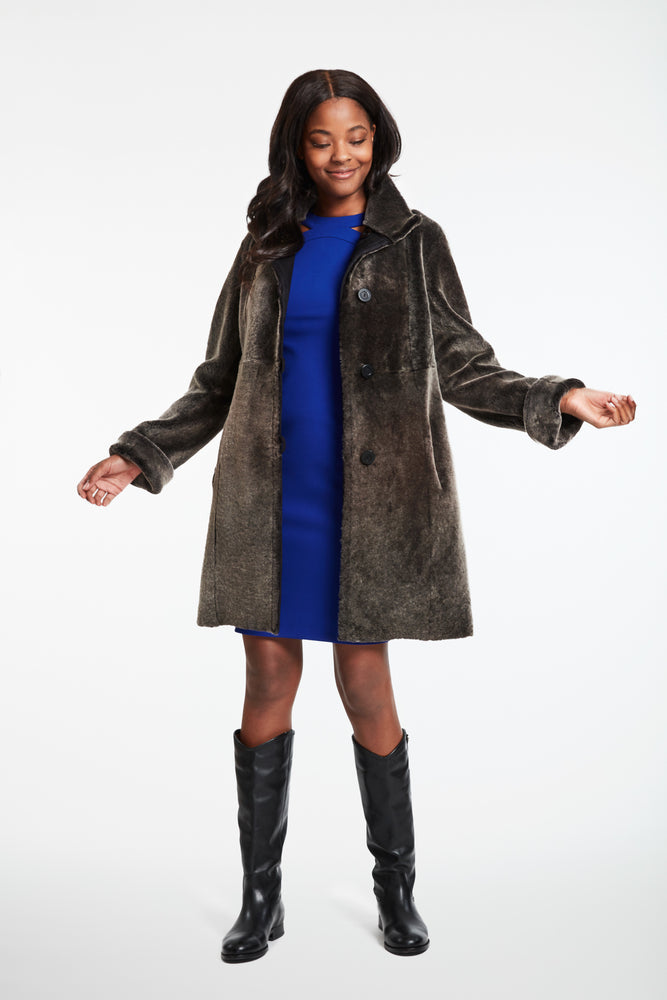 Load image into Gallery viewer, #4918 Warm And Wonderful Reversible Shearling reg $2295 now 70% off  $689