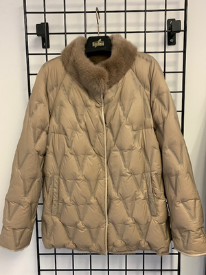 Load image into Gallery viewer, Reversible Mink Jacket  One of akind  SIZE S   $375 no addtional discount