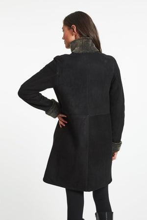 Load image into Gallery viewer, #3180 Best Everyday Spanish Merino Shearling  Shown in Soft Black Sale $895
