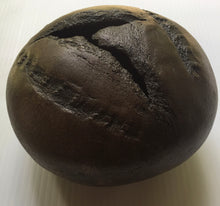 Load image into Gallery viewer, Small Bronze Boule