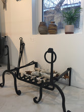 Load image into Gallery viewer, Hand-forged Andiron