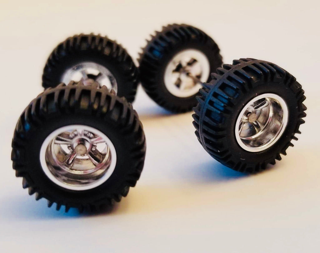 16CM Off-Road Chrome Wheels and Black Tires Kit
