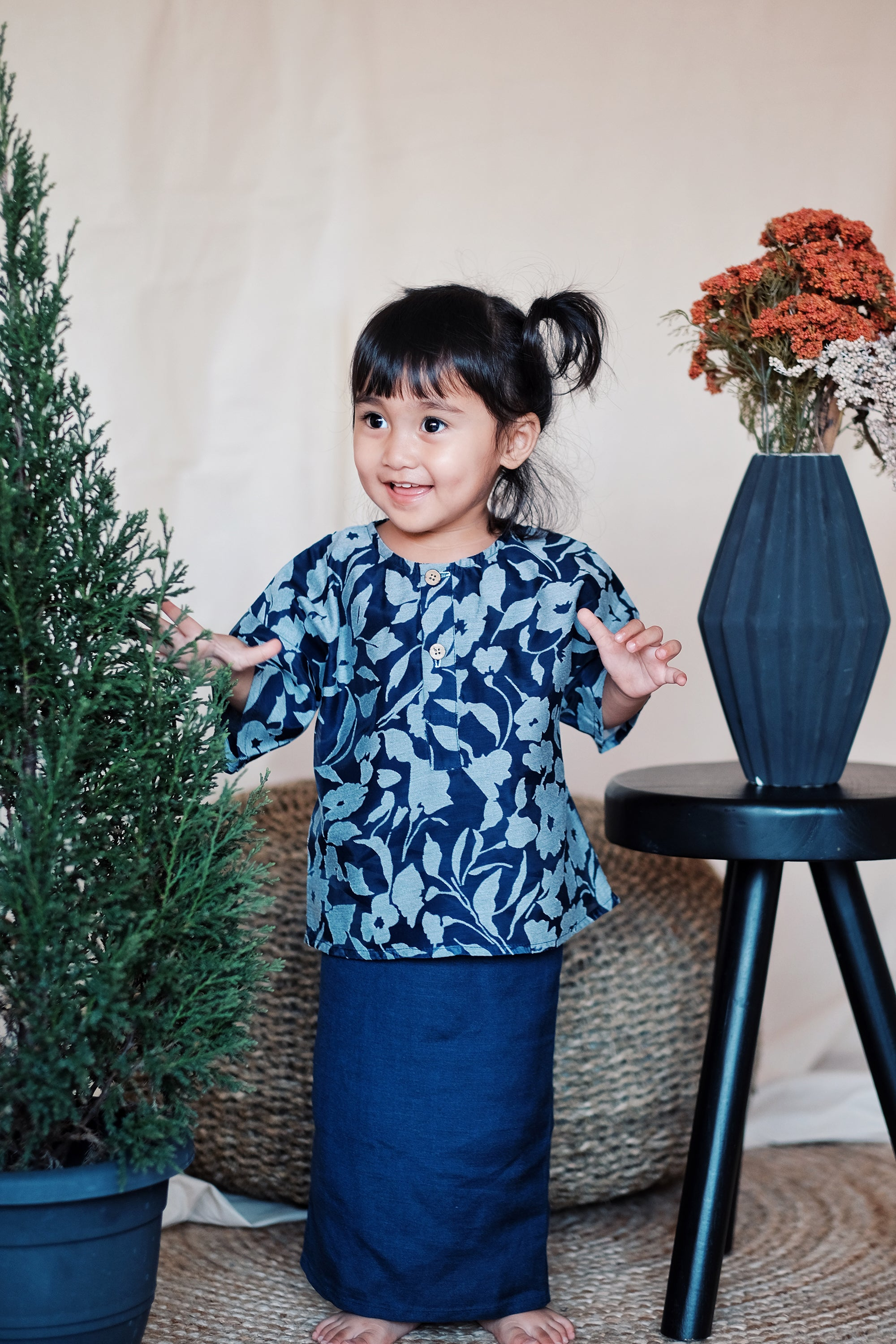 Karra Set | Navy Blue
