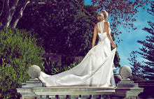 Load image into Gallery viewer, Diba wedding dress bridal gown Perth - 9321B
