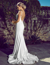 Load image into Gallery viewer, Tina wedding dress bridal gown Perth B2