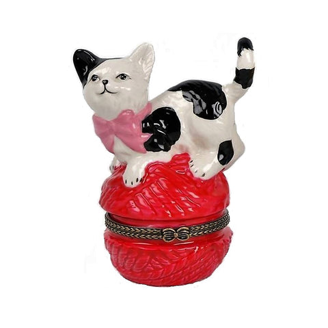 Temerity Jones Kitty on Yarn Trinket Box